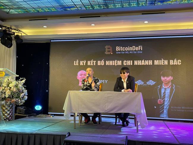 """Tại sự kiện, Phạm Tuấn được giới thiệu là """"đại diện duy nhất của BitcoinDeFi tại miền Bắc"""""""